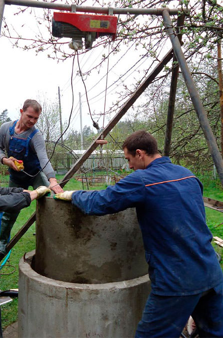 Как мы углубляем колодец в Малоярославском районе
